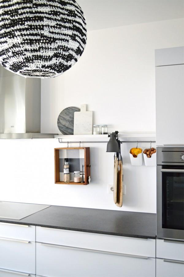 uns stehen rosige zeiten bevor dezentes k chenstyling mit den trendfarben 2016 ich designer. Black Bedroom Furniture Sets. Home Design Ideas