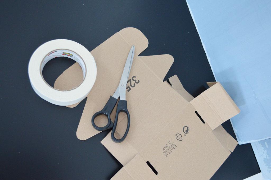 IKEA Hack Lack Table with Plexiglas - IKEA Hack Lack Tisch mit Plexiglas